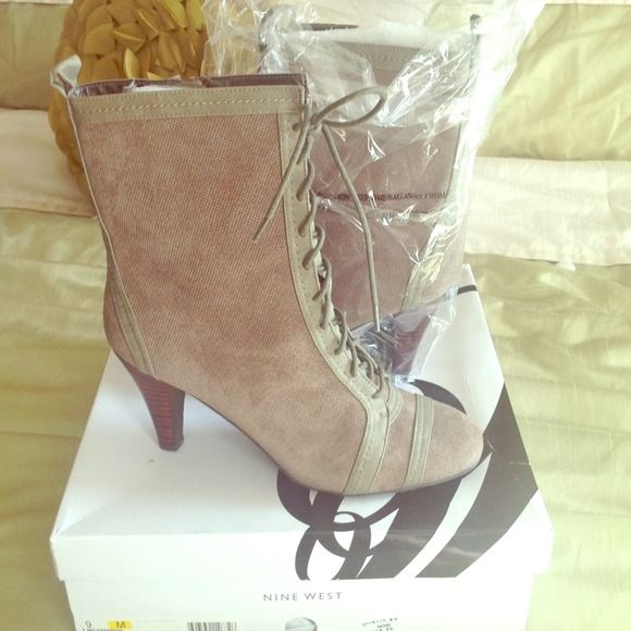 HOST PICK-Reduced--Never Worn Nine West Bootie Entertaining offers. Never worn but these have infinite possibilities. I would rock with leggings, oversized sweater or sweatshirt and a huge handbag with my big shades. Nine West Shoes