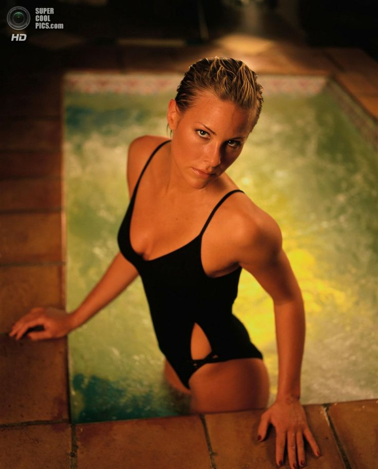 Бриттани Дэниел (1994—1995). (Google)