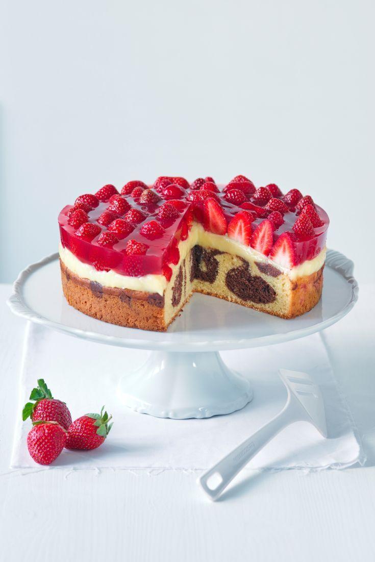 Jahodový mramorovaný koláč