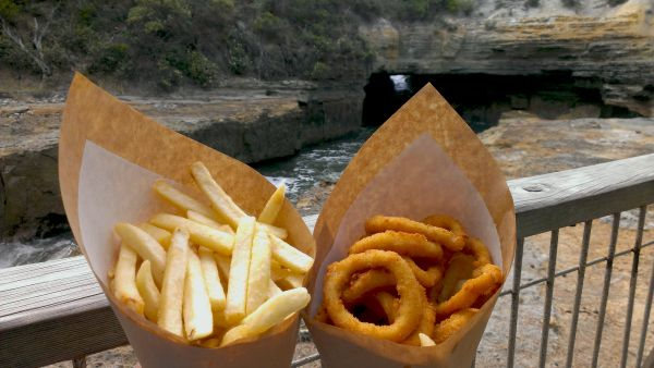 Tasman Blowhole - Fish and Chips from the Doo-Lishus Seafood Van in Doo Town. Article and photo for www.think-tasmania.com