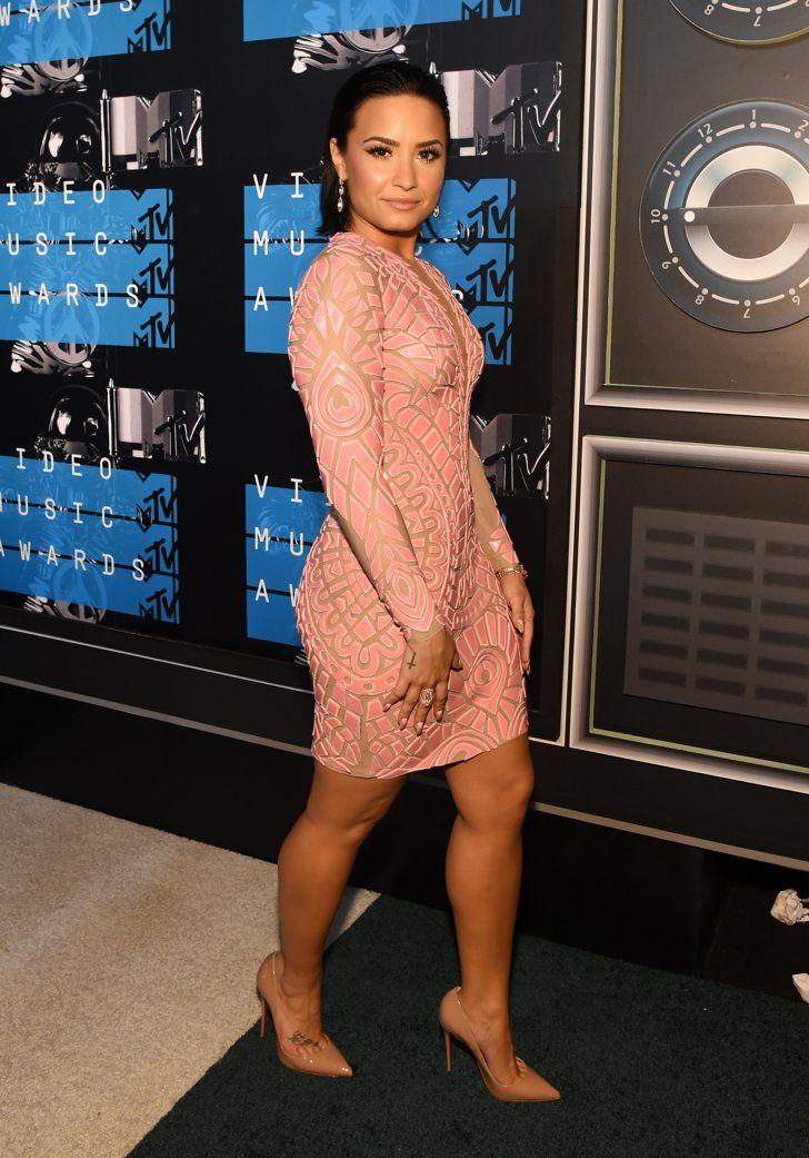 Pin for Later: De Nombreuses Stars Ont Fait le Déplacement Pour les MTV VMAs Demi Lovato