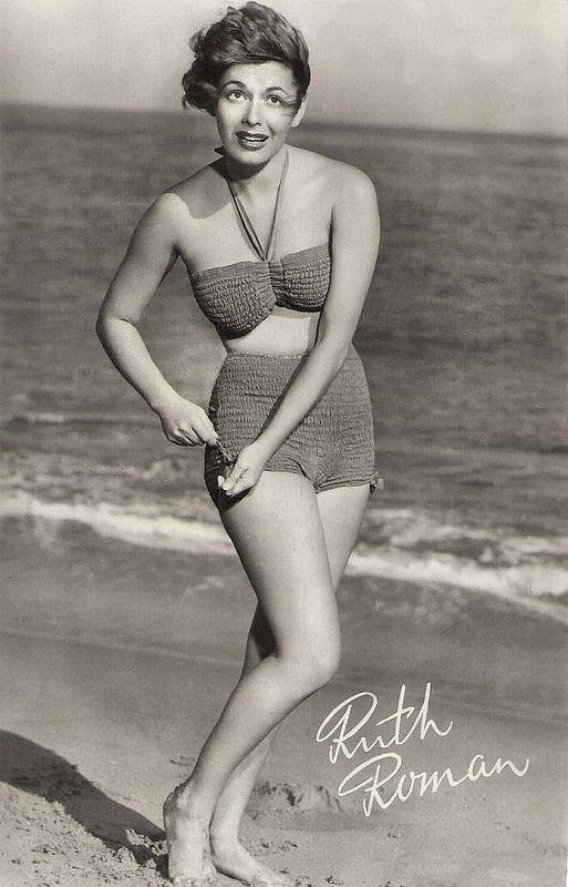Ruth Roman. Dutch postcard by DRC, no. F 182. Photo: Warner Bros.