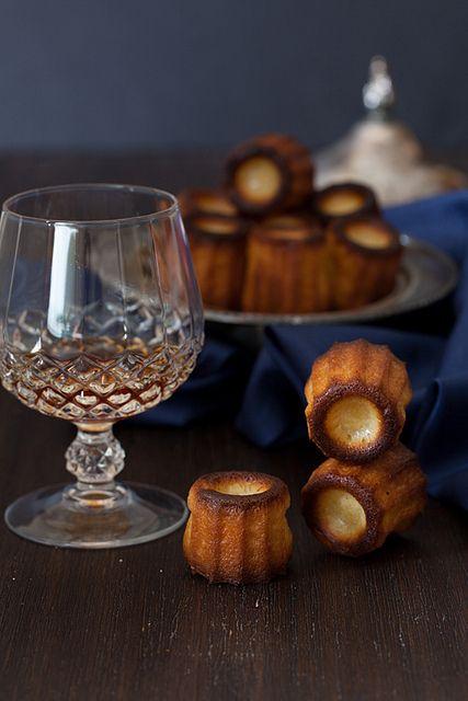 ... Canelés (Cannelés) de Bordeaux - French Sweet Little Treats