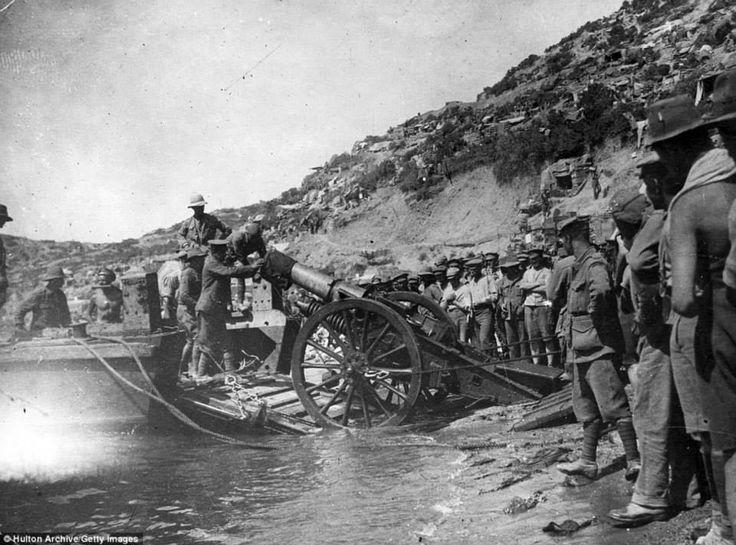 Unloading artillery onto the beach at Anzac Cove, 1915