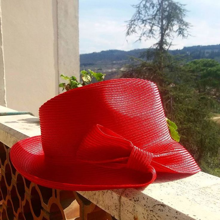 Beautiful day Spring time! #santellifrancesca #hat #hatmaker #hatdesigner #santelli #hats #chapeaux #madeinitaly #spring #collection #fashion #fashionhat #instamood #love #cappelli #colors #red #inspiration #picoftheday #sun #signa #worktime