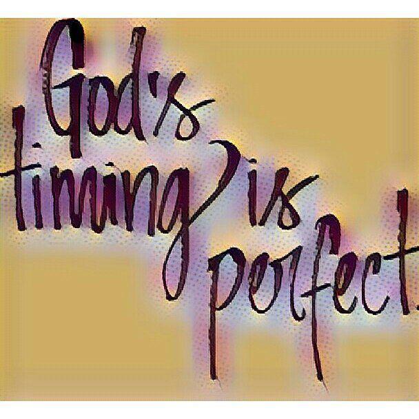 Aprendiendo a esperar sin desesperar pues no hay una verdad más grande que...Los tiempos de Dios son perfectos. Feliz ombligo de la semana #frasedeldia #complementos #diosesperfecto