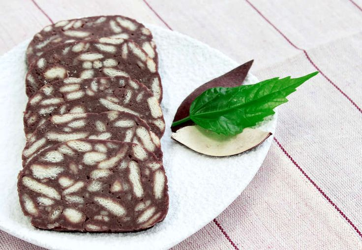 Mosaiko recipe (Greek Chocolate and Biscuits Dessert)   http://www.athenswalkingtours.gr/culinary-tours-athens