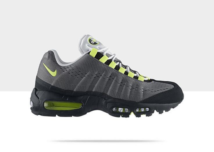 Nike Air Max 95 Engineered Mesh Men's Shoe