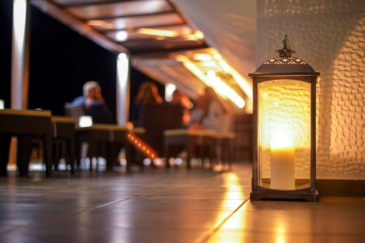 Ambience & quality cocktails at Kassandra Bar of Alexander the Great Beach Hotel in Kryopigi, Halkidiki, Greece