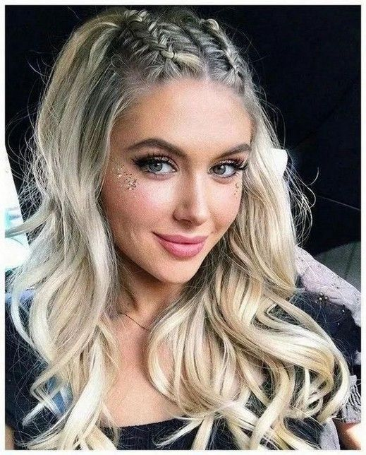 25+ Best Top Knots Hairstyles Ideas To Inspire This 2020 #topknotshairstyle #hairstyleideas #hairstyleforwoman » Beneconnoi.com