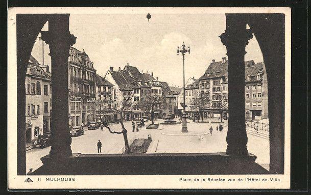 carte postale ancienne: CPA Mulhouse, Place de la Réunion vue de l'Hôtel de Ville