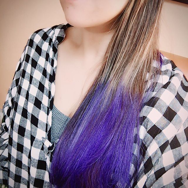 WEBSTA @ lina_lina1028 - ・卒園式も入学式も保護者会も終わったからやっと染められた〜😁・#マニックパニック #セルフ #ヘアカラー #パープル #haircolor #purple #self #manicpanic #instagood #photooftheday #picoftheday #instadaily #igers #all_shots #webstagram #instacool #photo