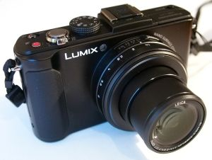 Panasonic Lumix LX-7 - Gadget News Technology, Latest Gadgets, New Gadget, New Technology - http://gadgetnewstech.com/panasonic-lumix-lx-7-gadget-news-technology-latest-gadgets-new-gadget-new-technology/
