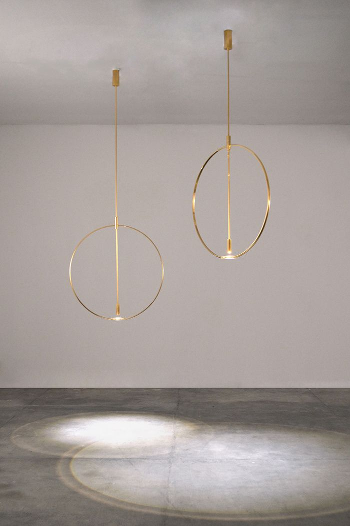 LUXURY LAMPS | Suspensions Ceiling (Studio Formafantasma). Gold chandeliers with minimal design | www.bocadolobo.com