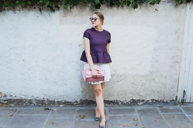 Feminine colours against a white pleated skirt and metallic Le Specs shades for today's outfit   More on my blog