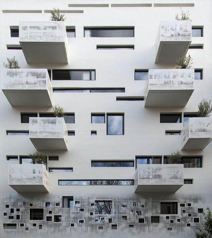 Urban Stripes / Klab Architecture