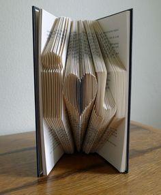 Boyfriend Anniversary Gift / Girlfriend Gift - Paper Anniversary - Valentine - i love u - Folded Book Art. #love