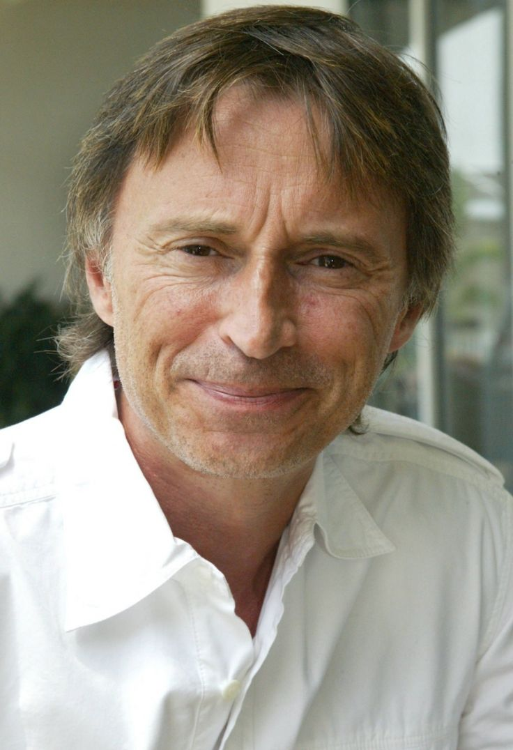 Роберт Карлайл