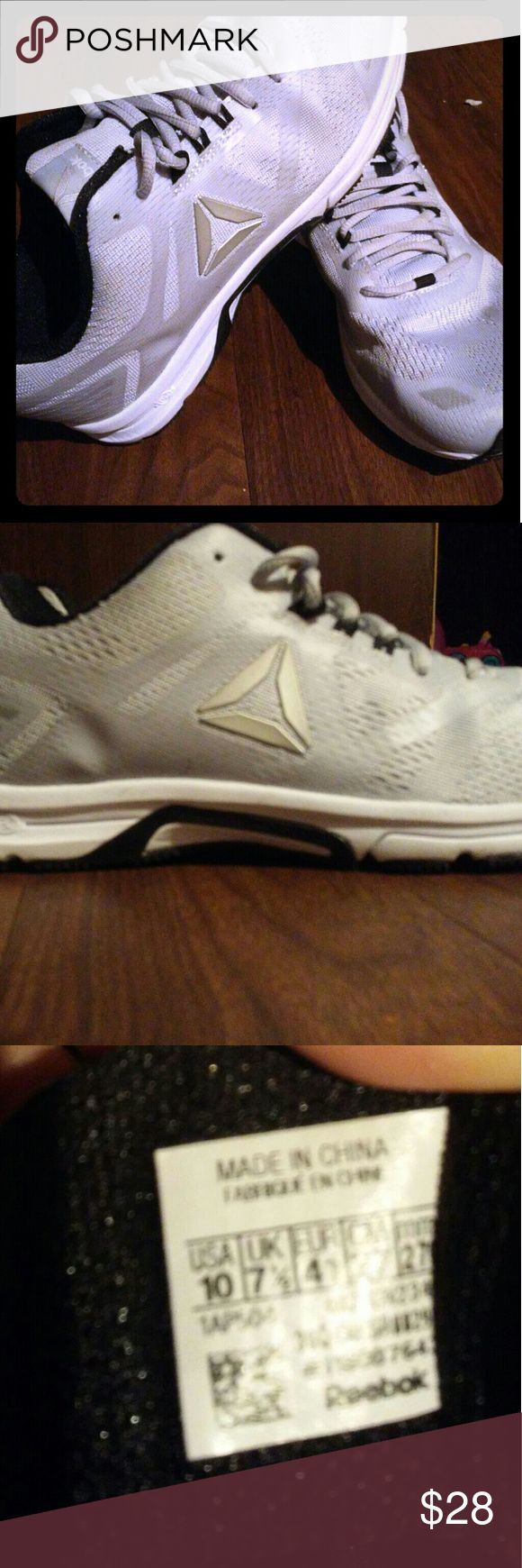 Reebok women's tennis shoes Wore twice,  Needed a size bigger and lost receipt to return!  My loss you're gain,  paid $60 at outlet mall. Reebok Shoes Athletic Shoes