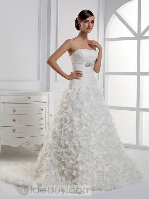 流行のA-ラインストラップレスロングフロアチャペルトレーンウェディングドレス
