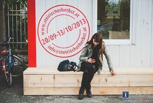 """#Bilder von der #Eröffnung #steirischer #herbst 2013 – wir haben es falsch verstanden!??  """"herbst""""-#Intendantin #Veronika #Kaup-#Hasler verspricht viel Neues fürs Auge und Ohr und setzt das auch gleich zu Beginn des Events um, mit einer Eröffnung, die zehn Stunden dauert und """"ein #multipler #Eröffnungsparcours mit #Performance und bildender #Kunst ist""""."""