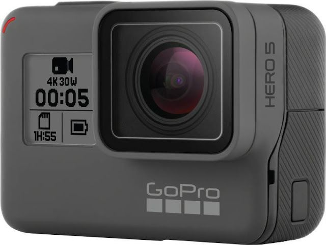 People say that good things come in small packages. This camera is surely a proof of that. With advanced features, such as Voice Contr...