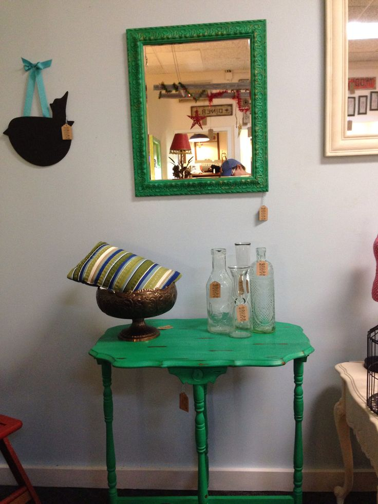 Vintage Side Table Painted With Cece Caldwell 39 S Emerald Isle Green And Distressed Mirror