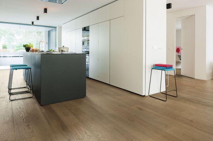 533038 haro parkett landhausdiele 4000 eiche puro braun markant strukturiert 4v fase natur ge lt. Black Bedroom Furniture Sets. Home Design Ideas