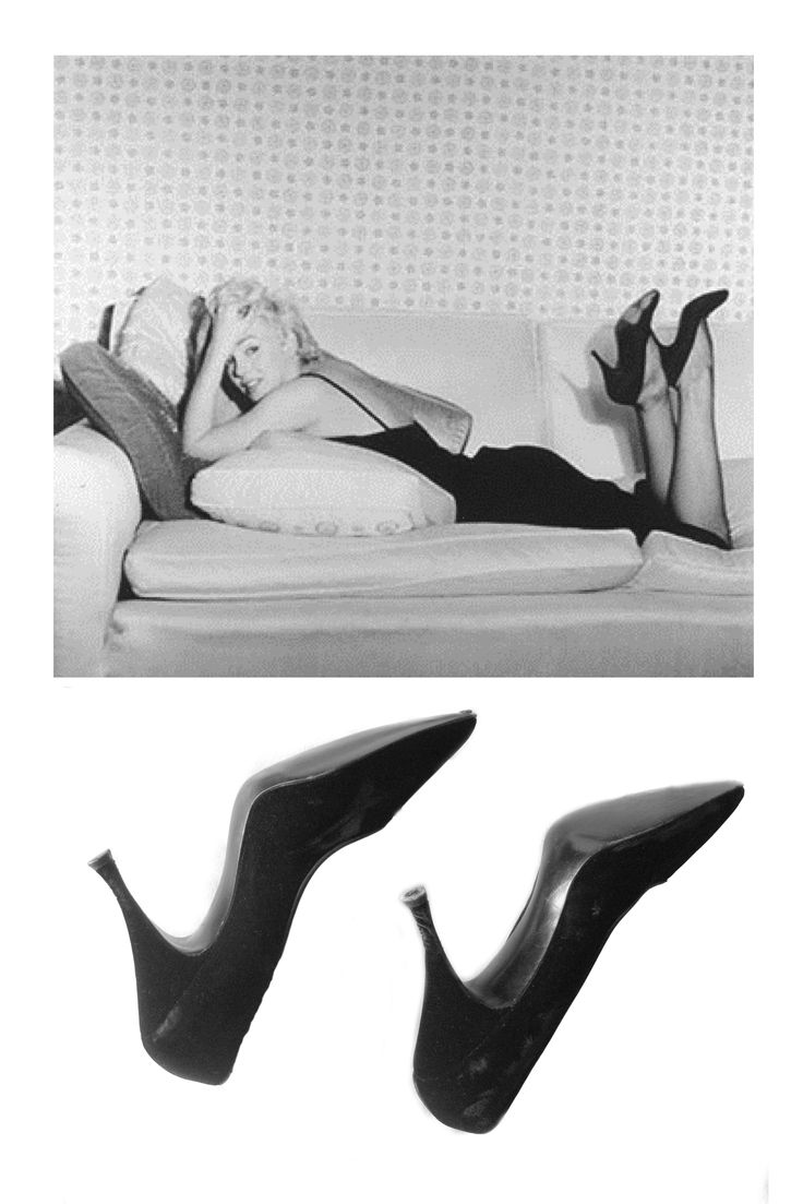 Mario Riva - Black velvet shoes 1955. The shoes are from Saks Fifth Ave. sixe 7 1/2, they have written inside 89008E, 4 96.