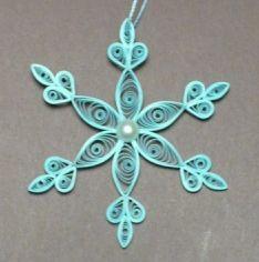 Let's create: Quilling Snowflakes  ... luv the bright aqua ...