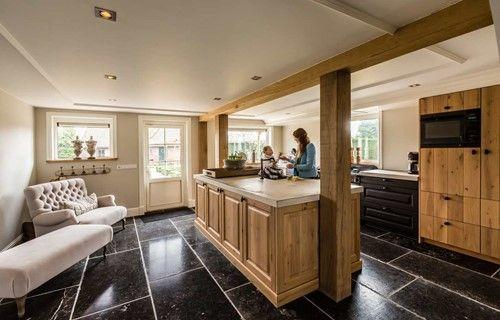 We horen vaak wat een aparte keuken #klantervaring #keuken #houten keuken