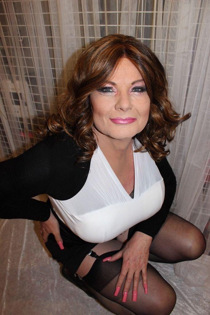 Older sexy women in stockings