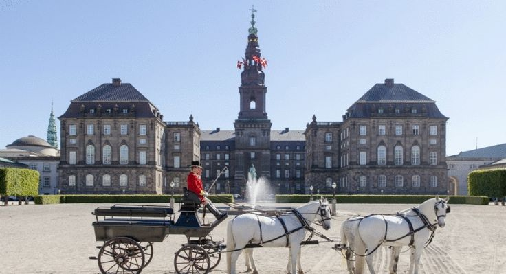 Christiansborg Palace Daily guided tours of the various sites at Christiansborg Palace are included in your ticket.