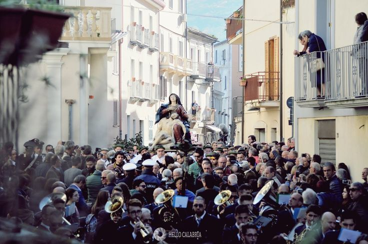 Vattienti, krwawy pokutny rytuał w Nocera Terrinese - Hello Calabria