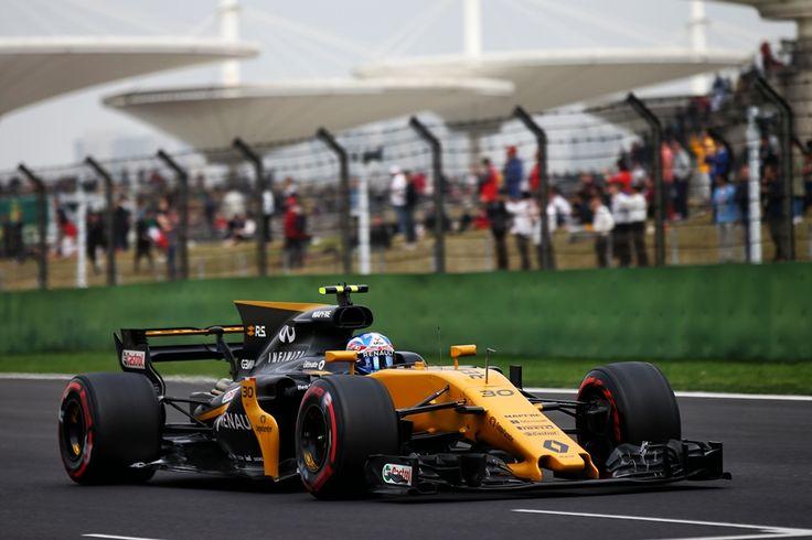 2017  GP Chin (Shanghai International Circuit)   Renault R.S.17 (Jolyon Palmer)