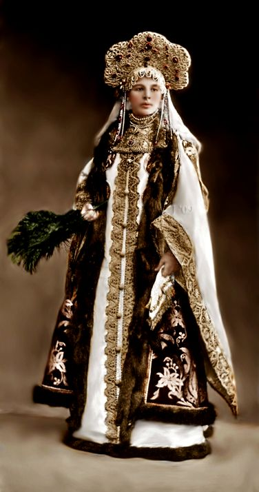russian gown.  Another winter outfit for my fantasy closet.
