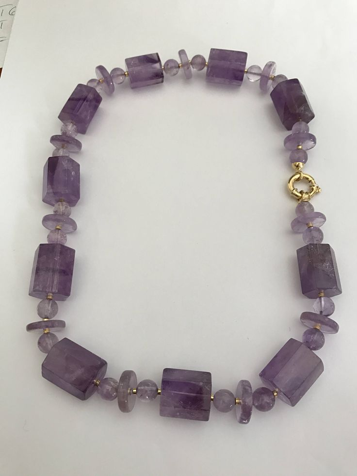 Amethyst fancy cuts necklace 18k yellow gold clasp di Meljewelry1908 su Etsy