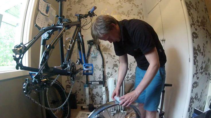 """Hvordan sette opp tubeless på fatbike.  På videoen Bigbob MK2 med Snowshoe 4.7"""" dekk."""