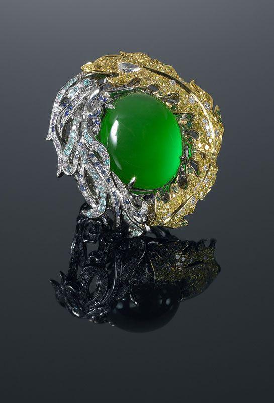 "Anna Hu  ~  ""Phoenix"" ring in jade"
