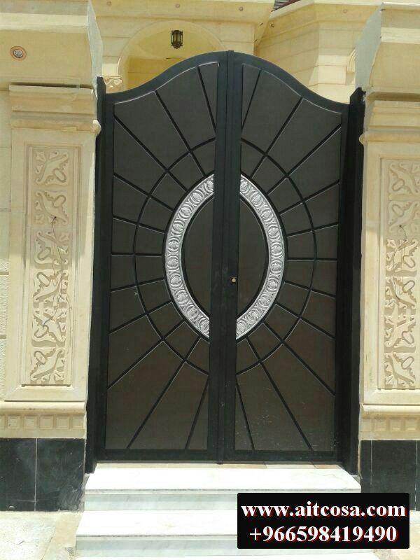 Pin By Aitco On ابواب خارجية Iron Gate Design Steel Gate Design Front Gate Design