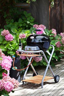 Gril může být také vkusným společníkem pro vaši zahradu. Model plynového grilu Ambri!