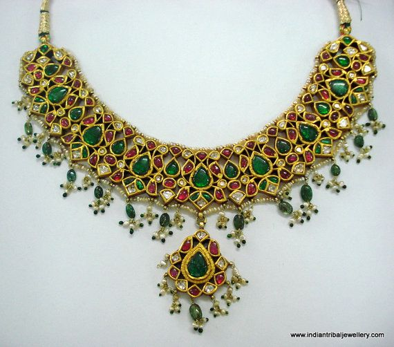 love this.  the emeralds, the gold, the seed pearls.  Don't so much love the $12000 price tag!