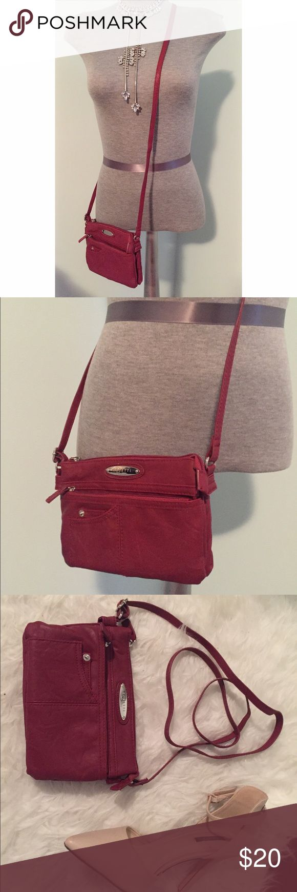 Final Flash⚡️Crossbody Bag👜 Brand: ROSETTI. Brand new. Never used. 🚫NO TRADES🚫 jcpenney Bags Crossbody Bags
