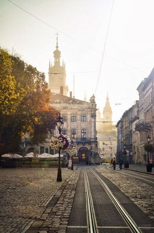 The beautiful city of #Lviv, Ukraine / La jolie ville de Lviv, #Ukraine