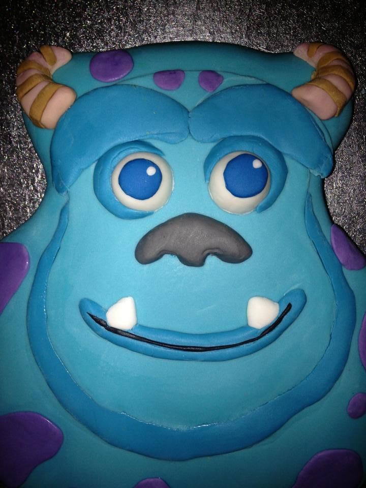 Darrel sent us this amazing Sully cake!