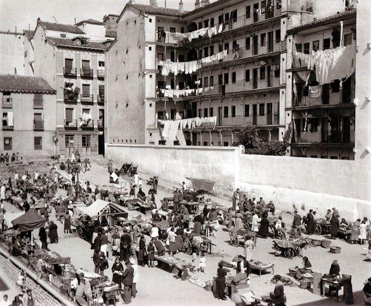Madrid:La Corrala de Mesón de Paredes en 1935