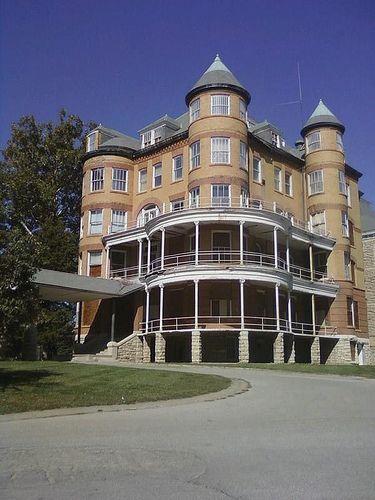 Abandonded Topeka State Psychiatric Hospital. | Flickr - Photo Sharing!