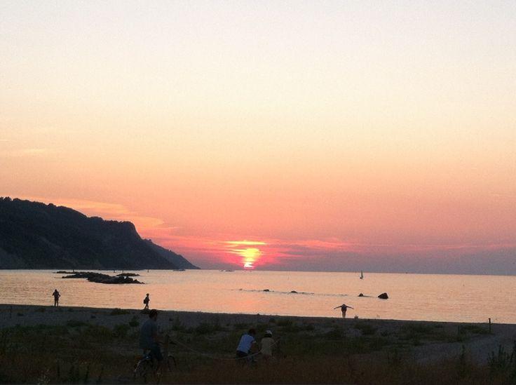 Obiettivo Pesaro: il tramonto in Baia