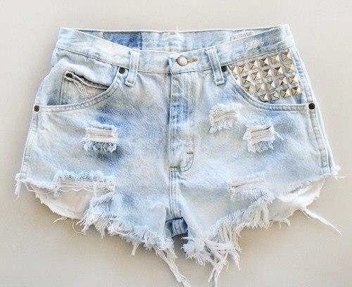 Рваные шорты из старых джинсов