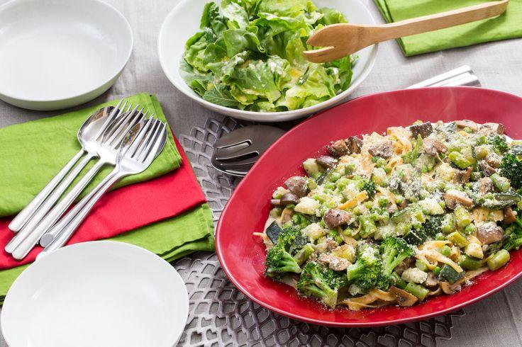 Fresh Linguine Primavera with Spring Vegetables & Butter Lettuce Salad (via Blue Apron)